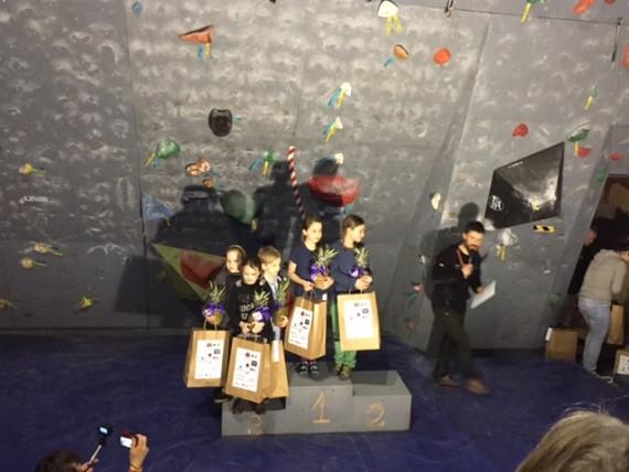 Podium dziewczynek- Pola Pietkiewicz i Marta Podgórska KWW Agama